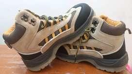 Sepatu Safety Oil Resistant