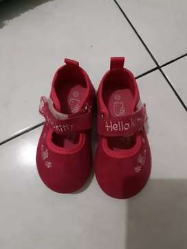 SEPATU BABY HELLOKITTY SANRIO SIZE 20