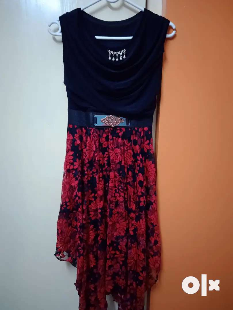 Fashionable dress (Rs 600 each)