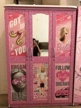 Lemari Pakaian / Lemari Baju Anak Berkarakter Barbie 3 Pintu