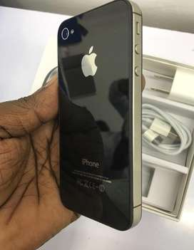 Iphone 4S 16 GB brand new condition with full kit..