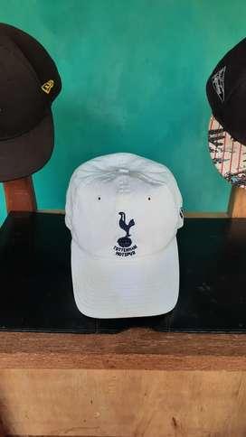 Topi New Era X Tottenham Hotspur FC