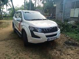 Most Luxurious XUV 500 for rent.