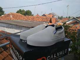SEPATU SLIP ON POLOSAN BY PATTERNX BROKEN WHITE NOT CONVERSE VANS
