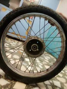 Sell tire tyre price 1100