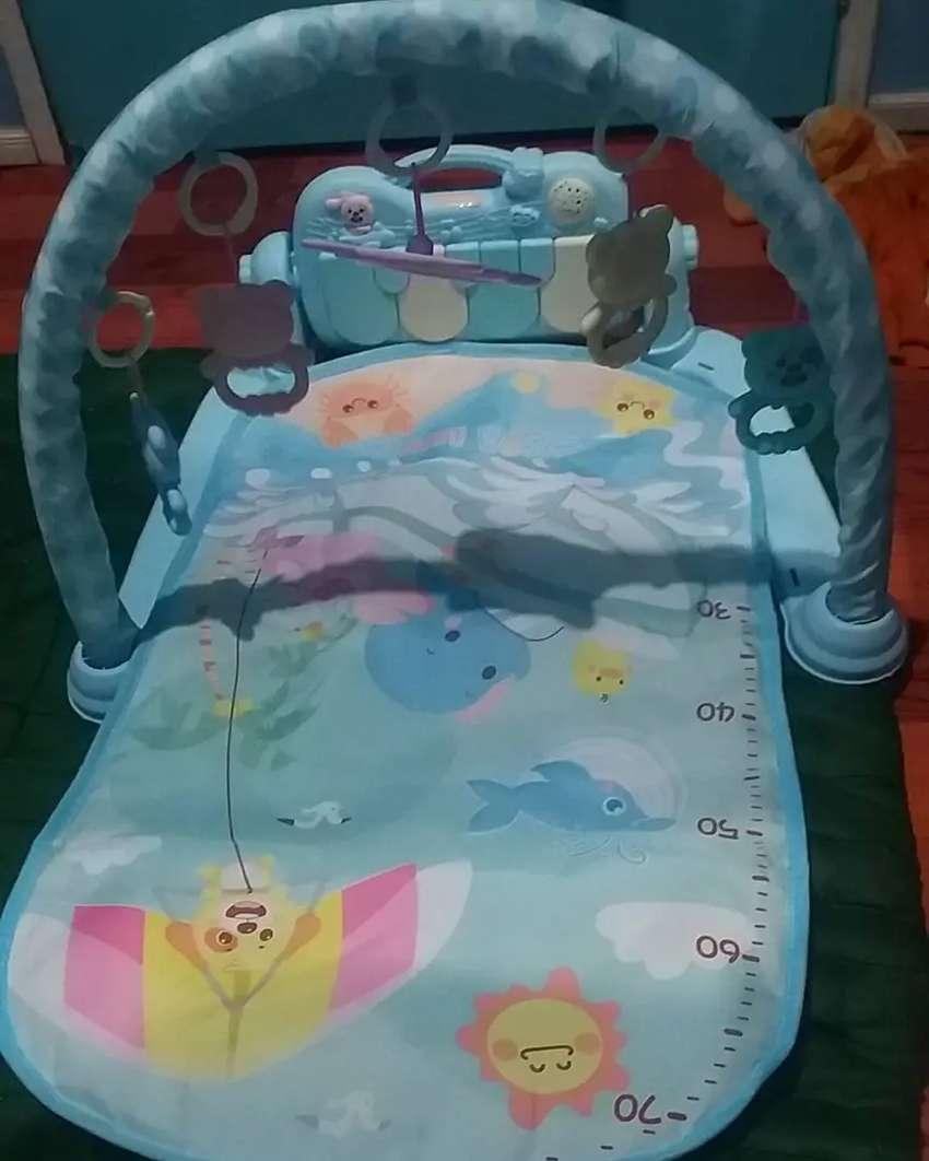 Tempat tidur dna bermain Playmat bayi 0