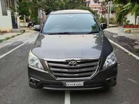 Toyota Innova 2.5 VX (Diesel) 8 Seater BS IV, 2014, Diesel