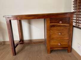 Brand new pure Sheesham wood Table