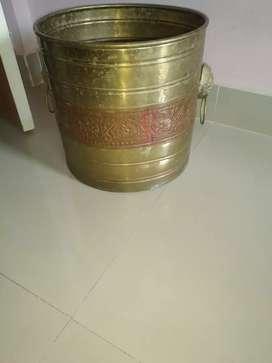 Brass planter 14 inch