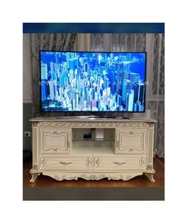 Meja TV Rak TV Minimalis Mewah