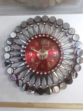 Wall clock 4 interesting colour golden,Silver,Black,Red