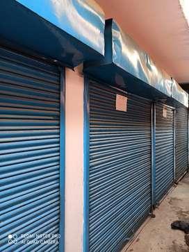 Shops on pagari
