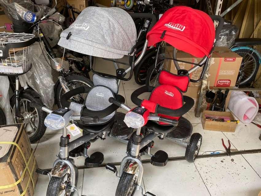 Sepeda Stroller Tricycle Roda Tiga FAMILY F 362 Tudung Musik Dorong 0