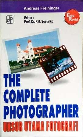 Buku unsur utama fotografi