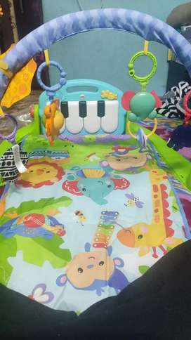 Fisher price baby gym mat rarely used with musical paino
