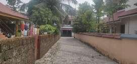 House plot near vennala gvt school