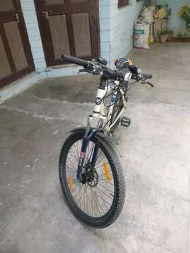 Firefox Target cycle at throw away price 16500 only new price 26000