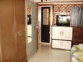 Available PG accomodation for Girls on sharing basis in Borivali.