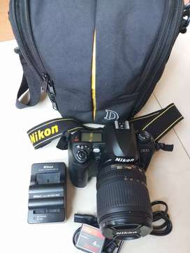 Kamera DSLR Nikon D100 + Lensa DX VR 18-105 mm