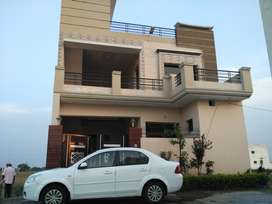 Three bedroom 1st floor available for rent. Fully