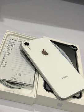 iphone xr 128gb white lengkap terawat