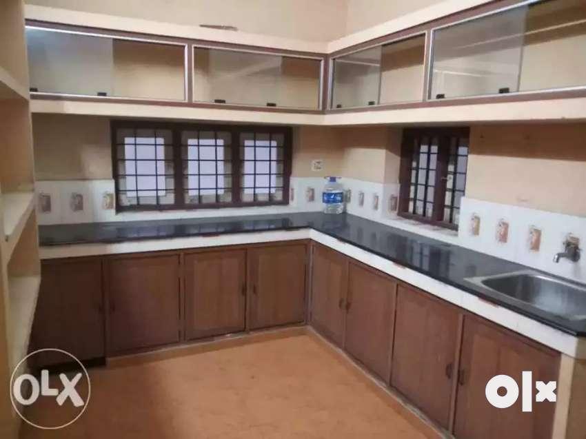2 bhk 1st floor aprtment for  rent at kakkanad mavelipuram 0