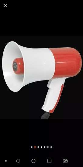 Megaphone horn mic