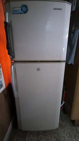 7 Yrs old Samsung 280 Ltrs. Double door refrigerator.