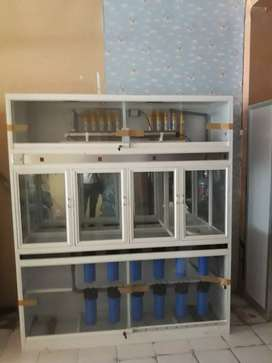 Mesin air minum isi ulang
