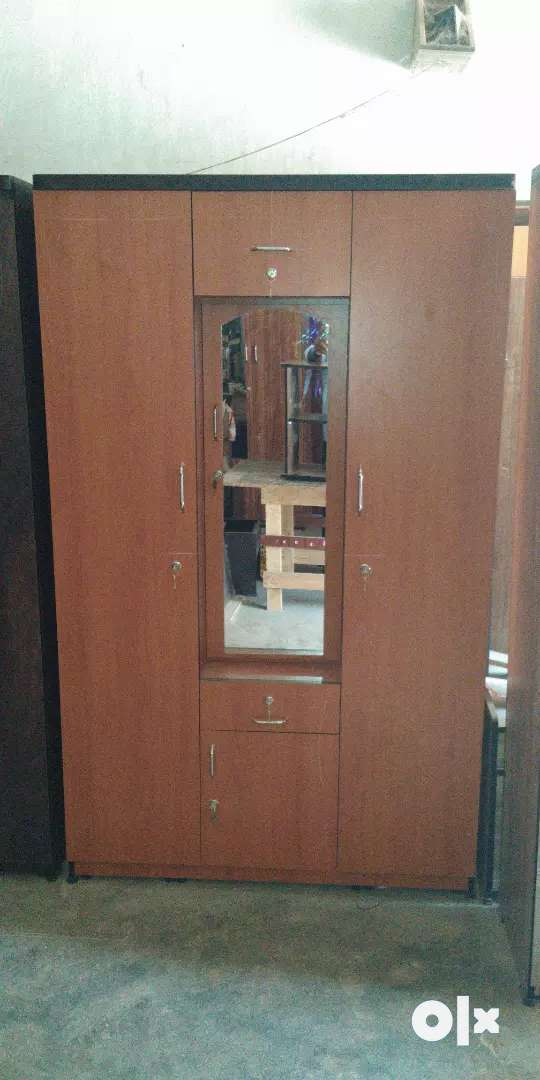 Wooden wardrobe for sale 0