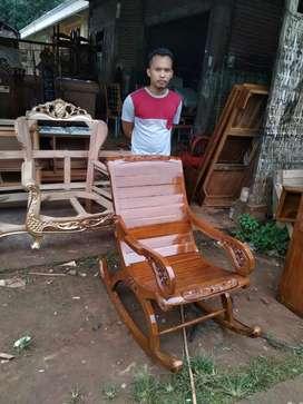 Kursi malas/kursi goyang kayu jati