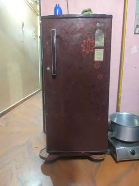 LG fridge in good condition no problem