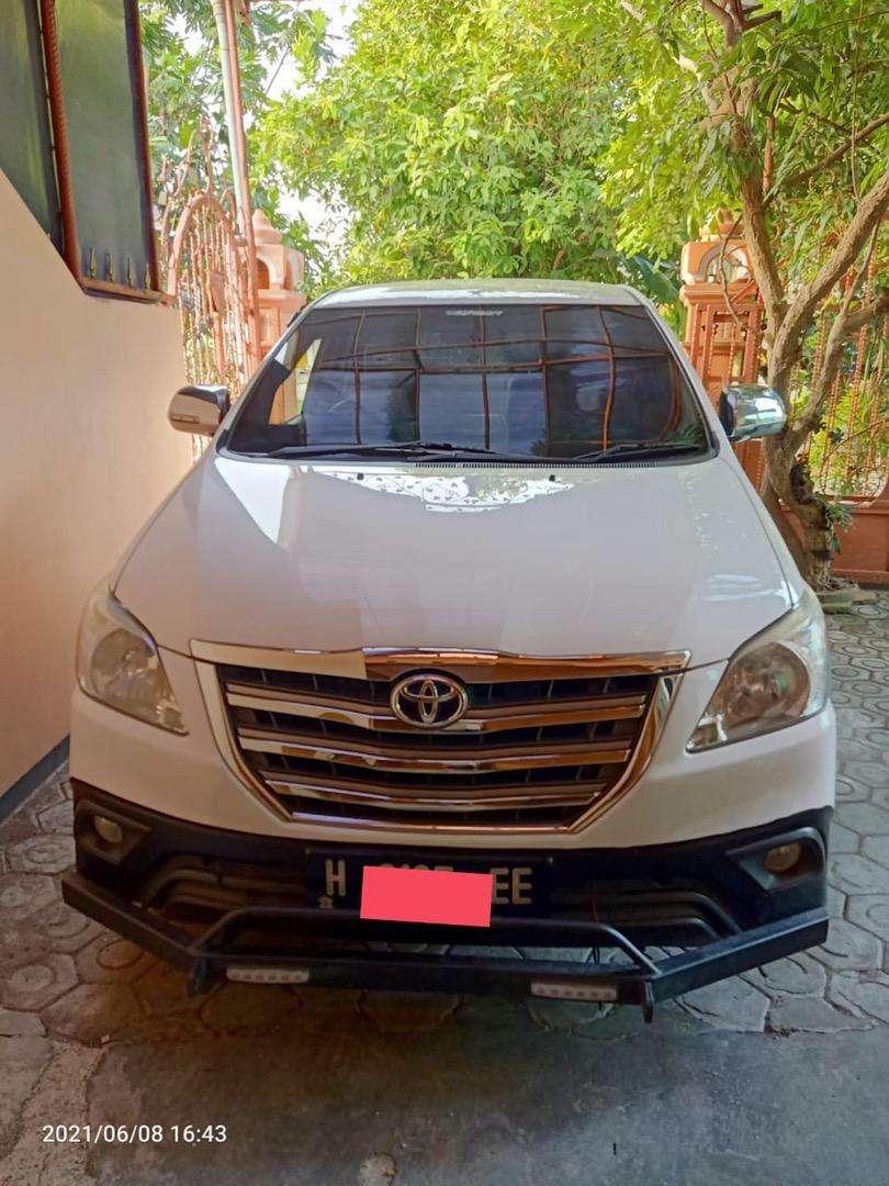Toyota kijang innova tipe G bensin 2014