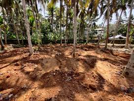 4  cents land for sale in anayara road with house permit