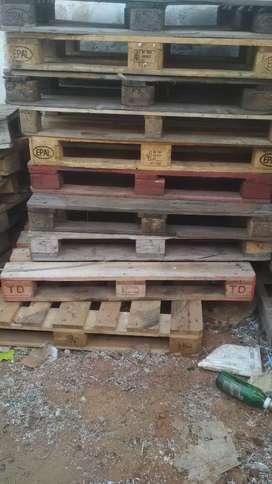 Pallets wood