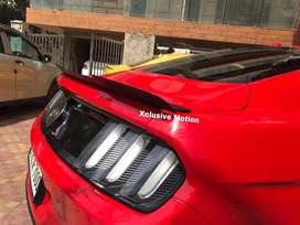 Ford Mustang boot lip spoiler