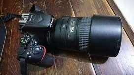 Nikon D5500 + lensa Nikon AF-S 55-300mm F/4.5-5.6G ED VR