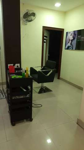 Salon nd boutique