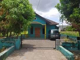 Disewakan rumah khusus keluarga muslim