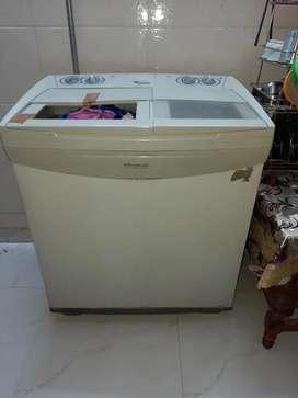 Whirlpool 7 kg semiautomatic machine