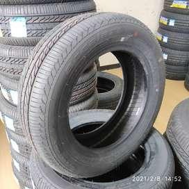 Ban Velg Mobil Ring 15 Accelera Eco Plush 195 65 R15 Ban Tubelles