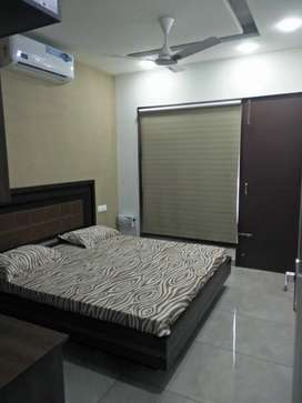 3 BHK READY TO MOVE WITH LIFT