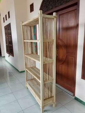 Jati rak buku indoor belum pewarnaan