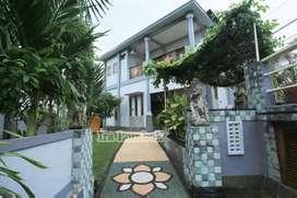 Villa di green valley dengan pemandangan laut