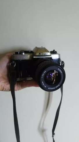 Kamera lawas japan SLR nikon FM10 normal lancar jadul legendaris