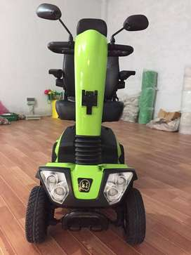 MOBILITY SCOOTER DISABLES / ELDERLY
