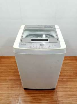 LG intellowash 6.5kg top load washing machine...