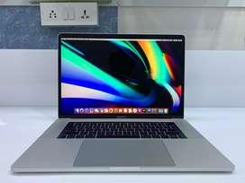 """JustMac-Apple MacBook Pro TouchBar 15"""" 512 GB SSD/16 GB RAM/Core i7 4C"""