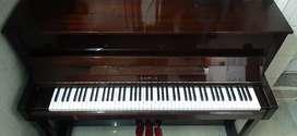 Kawai Kx15 Acoustic Upright Piano.