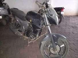 For sale Yamaha szr good tyre as well